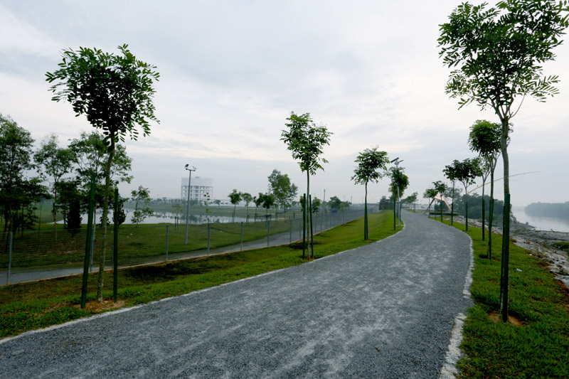 River Track Cycle Park Pulau Indah